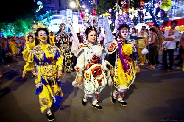 """Carnival"" tết Canh Dần"