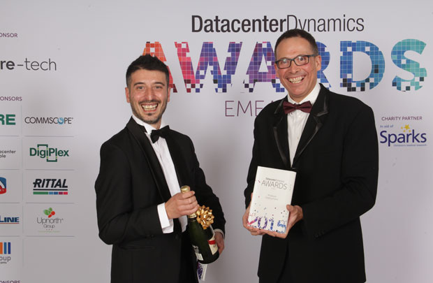 Schneider Electric được trao DatacenterDynamics Leaders Award