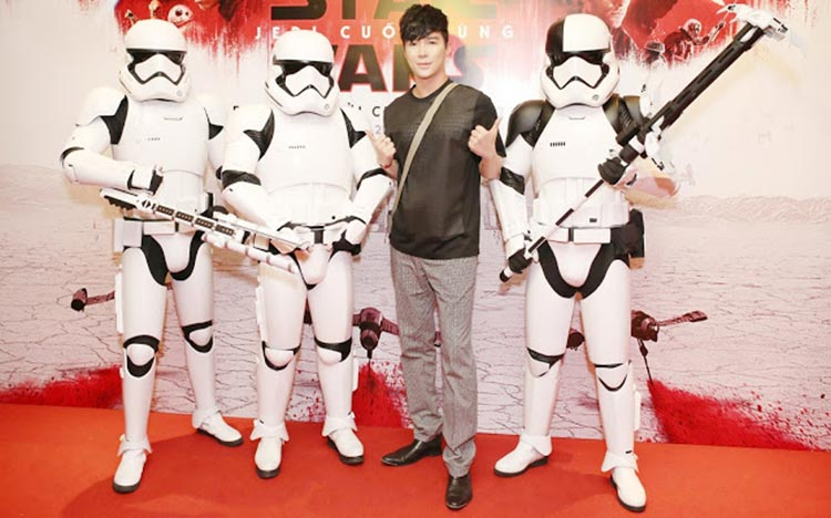 Nathan Lee tham gia sự kiện Star Wars Party
