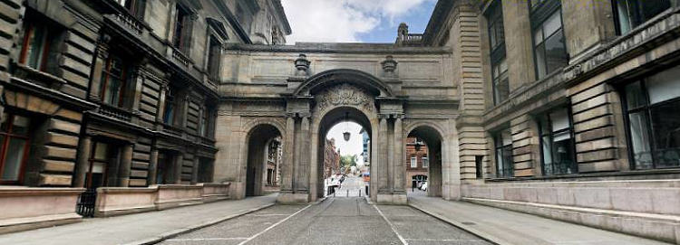 george-square-glasgow-PNG-2619-156517745
