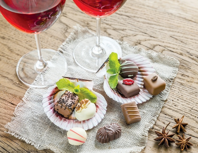 Champagne + chocolate = sốc mạnh